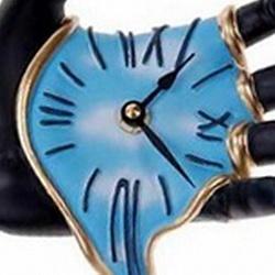 Часы в подарок - приметы и суеверия