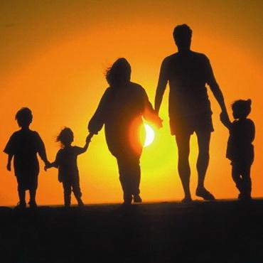 День семьи, любви и верности - самый романтический праздник лета
