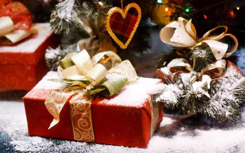 Когда лучше дарить новогодние подарки партнерам по бизнесу?