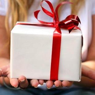 Как выбрать новогодний корпоративный подарок с индивидуализацией?