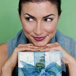 Не забудьте несколько простых правил по передариванию подарков, чтобы не попасть в неловкую ситуацию