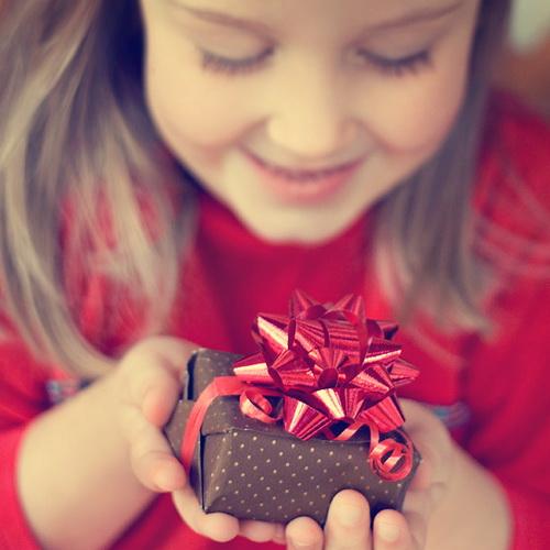 Не забудьте заказать новогодние подарки для детей сотрудников!